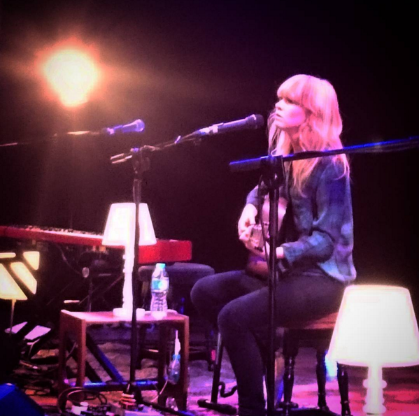 LIVE REVIEW: Lucy Rose @ Winchester Discovery Centre (Acoustictour)
